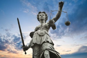 Statue of lady of justice