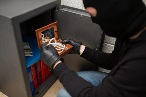robbing a small safe